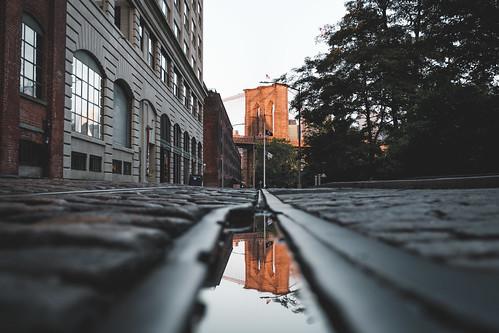 brooklyn rail sunrise bigapple street reflection city manhattan america bridge usa newyork newyorkcity unitedstates us