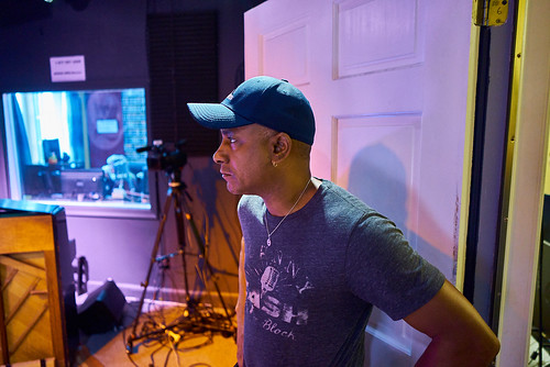 Damond Jacob at work in the studio - 10.25.18. Photo by Eli Mergel.