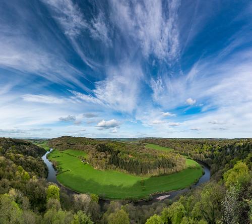 riverwye yatrock herefordshire symondsyat clouds april spring meander bigsky cloudscape