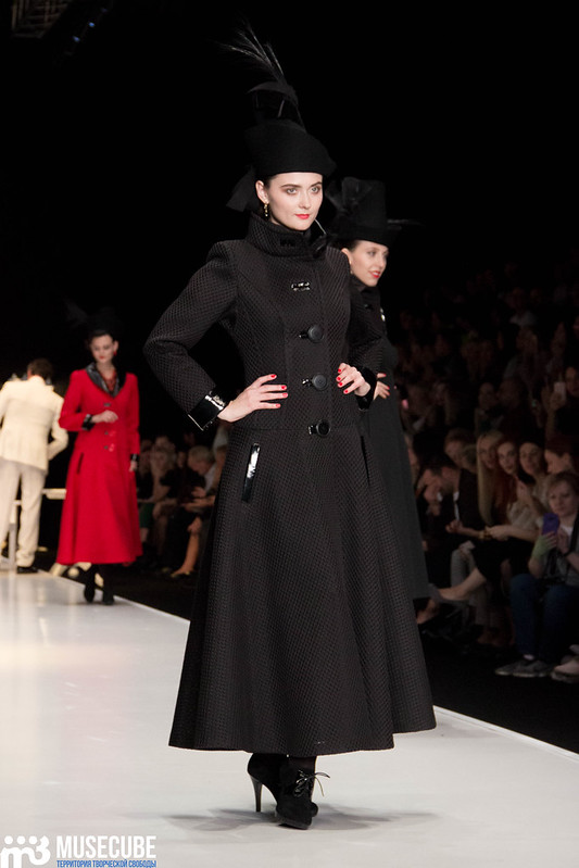 mercedes_benz_fashion_week_slava_zaitsev_nasledie_017