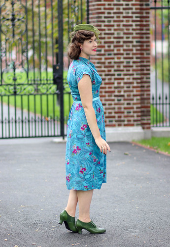 Aqua floral-and-bow 1940s dress | by polka.polish