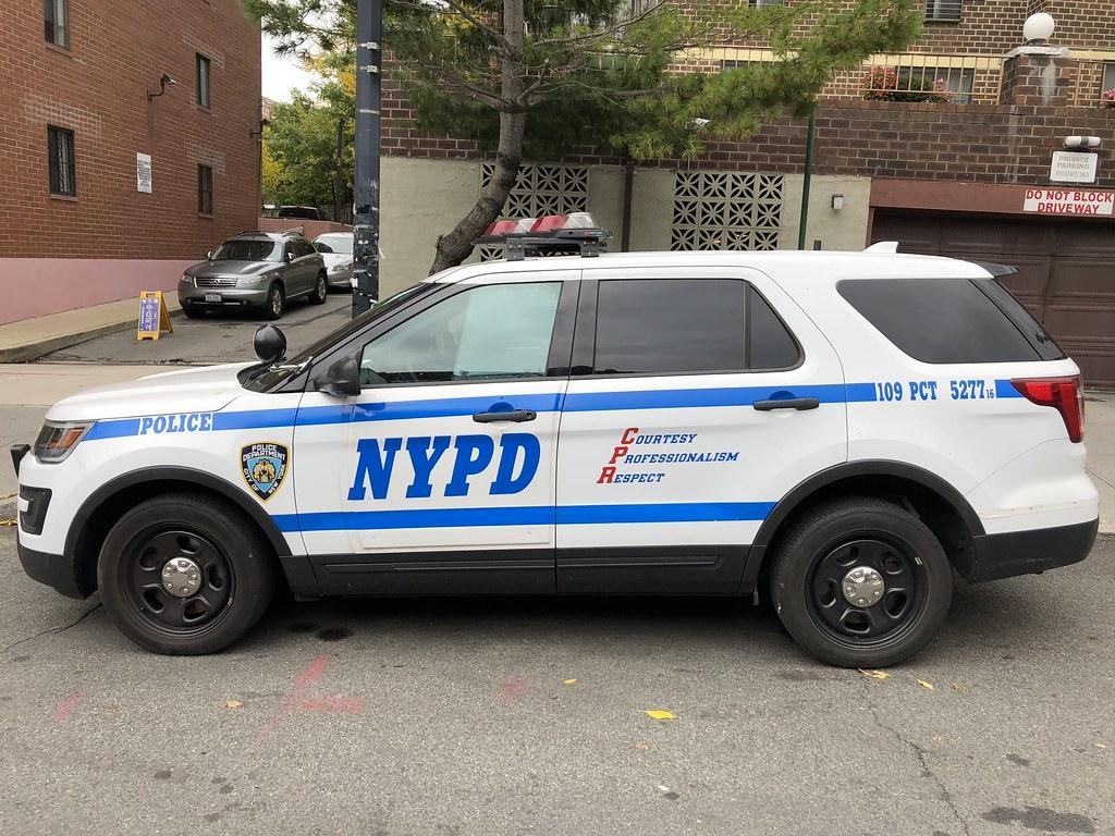 NYPD 109 Precinct Ford Explorer Police Interceptor Utility RMP #5277.