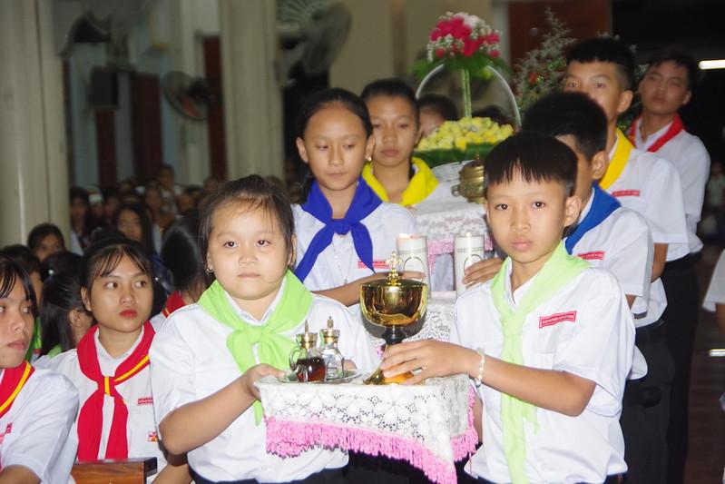 Lễ ra mắt TNTT xứ  đoàn Đa Minh Tân Phong, QB (14)