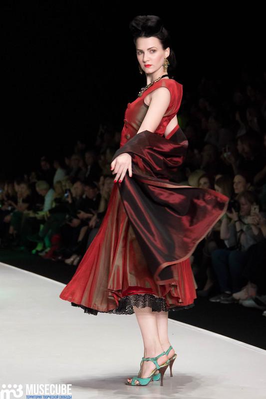 mercedes_benz_fashion_week_slava_zaitsev_nasledie_052
