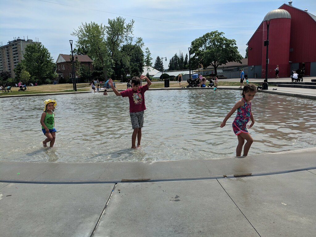 Cousins splash pad fun