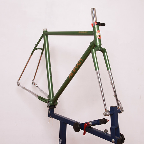 KINFOLK Steel Frame Painted by Swamp Things | by starfuckers / Above Bike Store