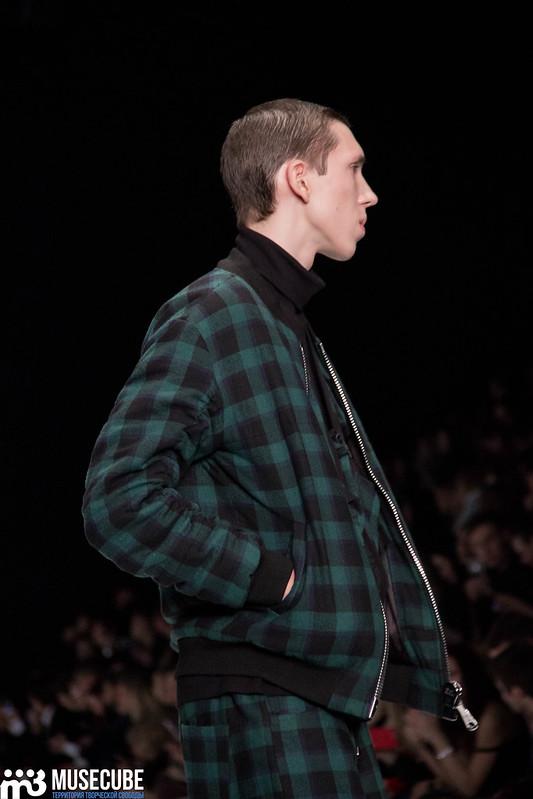 mercedes_benz_fashion_week_black_star_wear_013