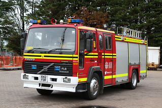 X142 FOR   Hampshire Fire and Rescue   Volvo FL6   Training Appliance