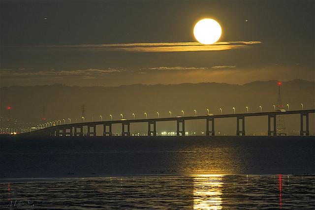 Full Moon Lit Up the San Francisco Bay