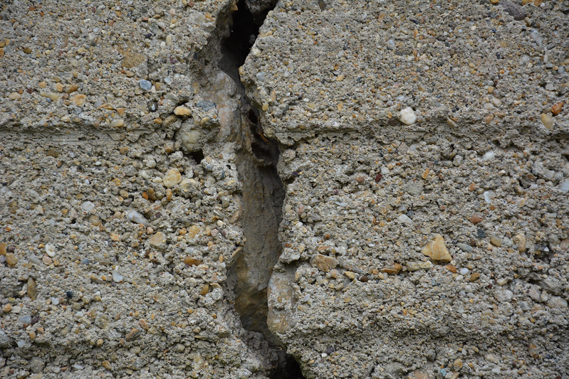 Cracked wall 10
