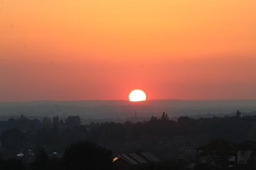sun sunset sunrise sunrises leeds leedscity ls14 landscape scenery scenic westyorkshire england uk leeds14 city cityofleeds cloud clouds dusk