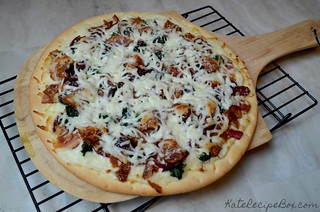 OnionBaconSpinachPizza | by katesrecipebox