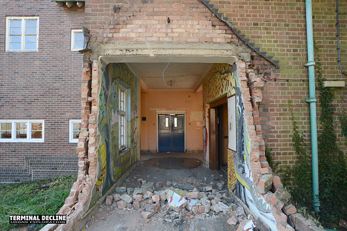 St Georges Hospital 19   by Terminal Decline