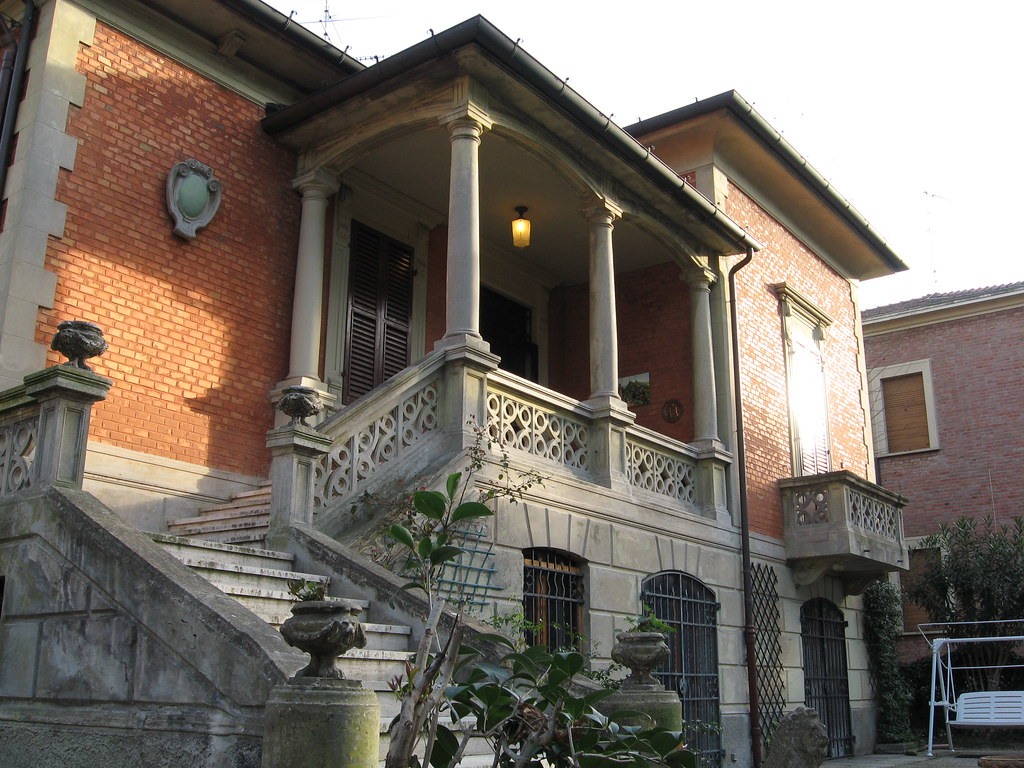 Villa Serafini a Riccione | www.riccioneinvilla.it | www.and… | Flickr