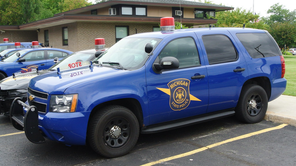 Michigan State Police | Tahoe located at the MSP Petoskey Po… | Flickr