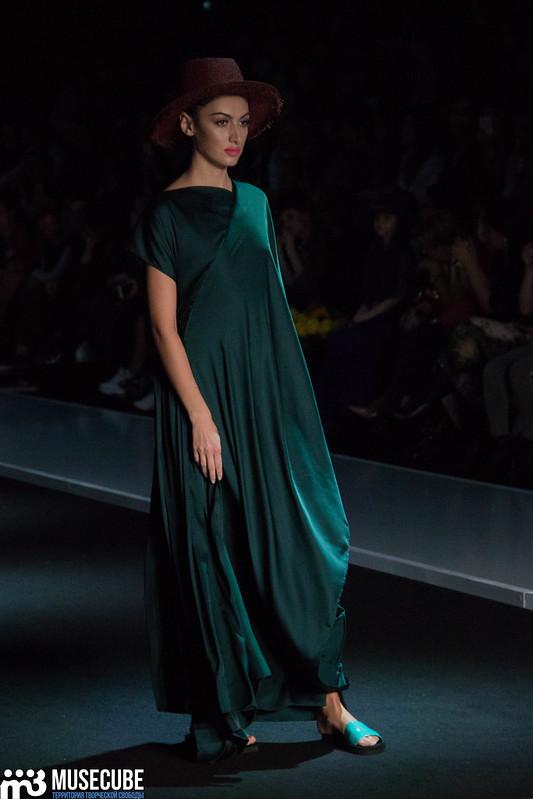 mercedes_benz_fashion_week_goga_nikabadze_039