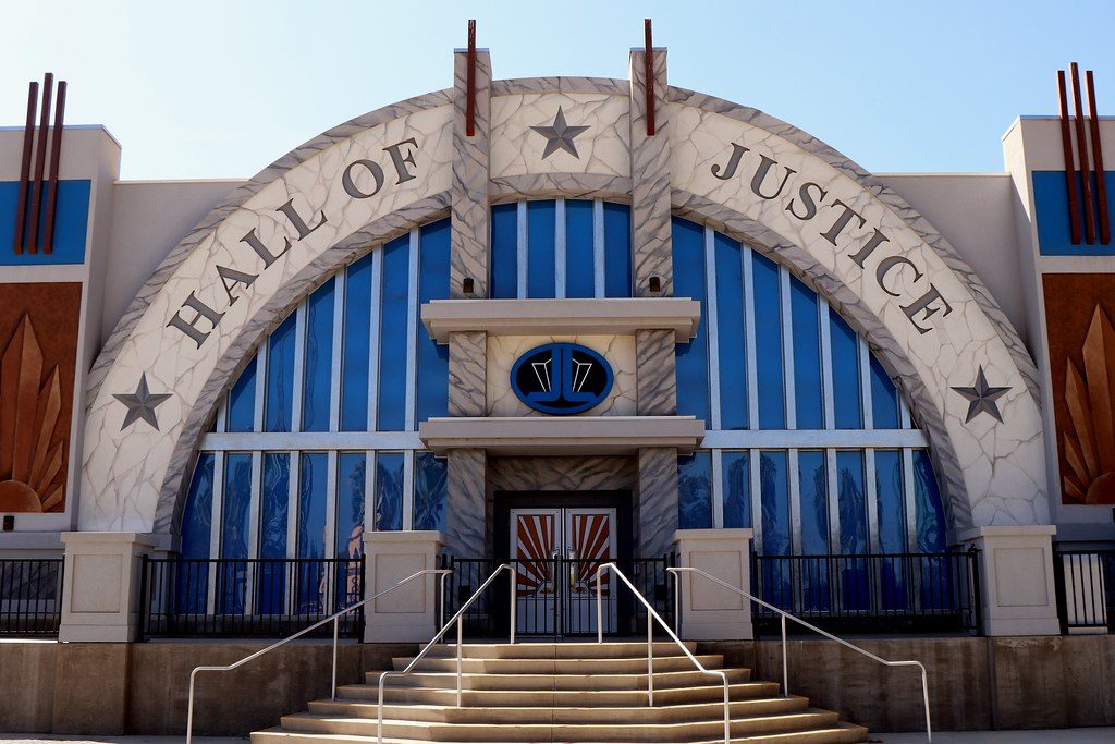 Hall Of Justice ~ Battle For Metropolis The Ride