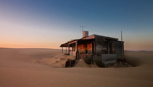 newsouthwales australia au nsw tin city sunrise abandoned urbex shack stockton beach sand dawn