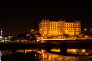 Mosteiro de Santa Clara at night