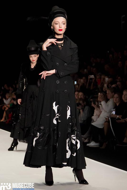 mercedes_benz_fashion_week_slava_zaitsev_nasledie_009