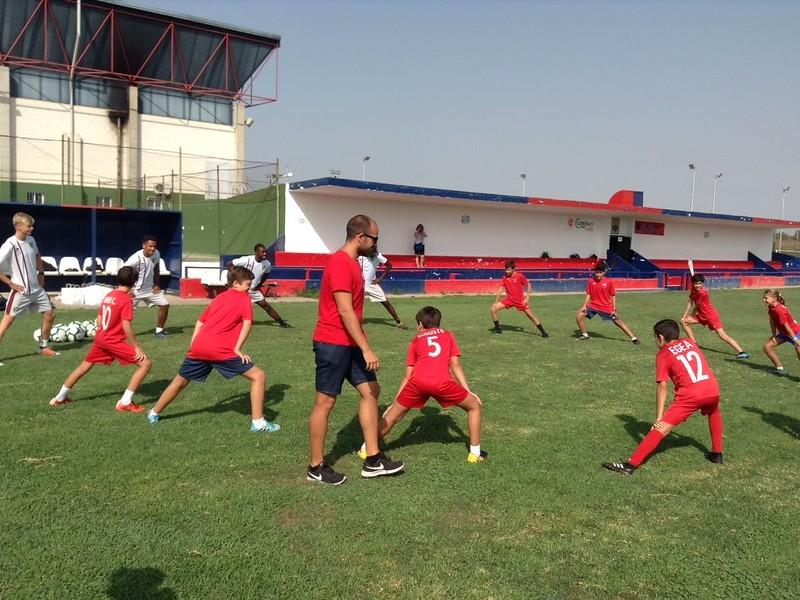 Norwich City community work with Puebla CF U12s (5)