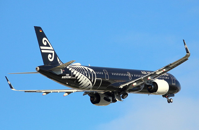 Air New Zealand, D-AZAX, Reg.ZK-NNA, MSN 8496, Airbus A 321-271NX, 28.10.2018,  XFW-EDHI, Hamburg Finkenwerder (All Black livery)