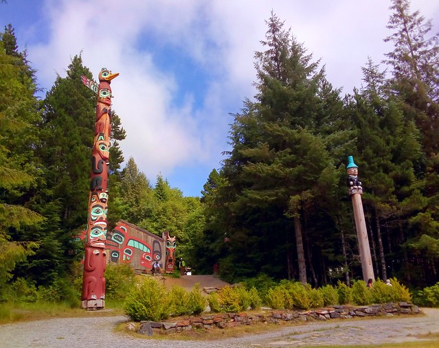 The William Seward Pole is on the right by bryandkeith on flickr