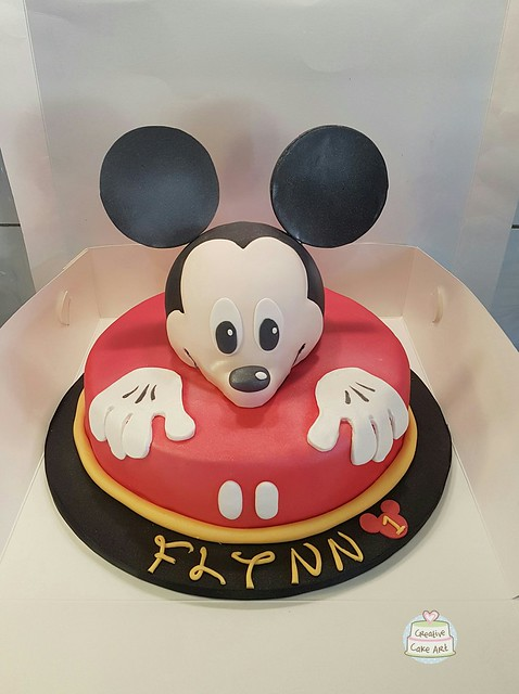 Mickey Mouse cake by Creative Cake Art 2307050