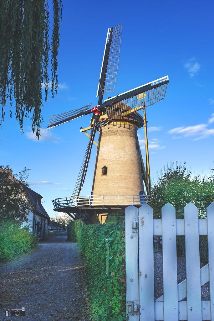 A Typical Dutch Windmill (HDR) | Samuel Julius de Nijs | Flickr