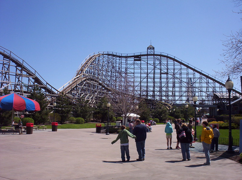 Predator rollercoaster
