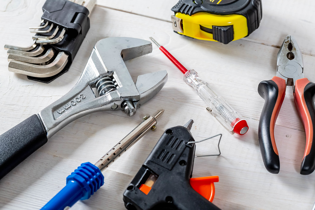 Men's tools to work and repair around the house | ✅ Marco Ve ...