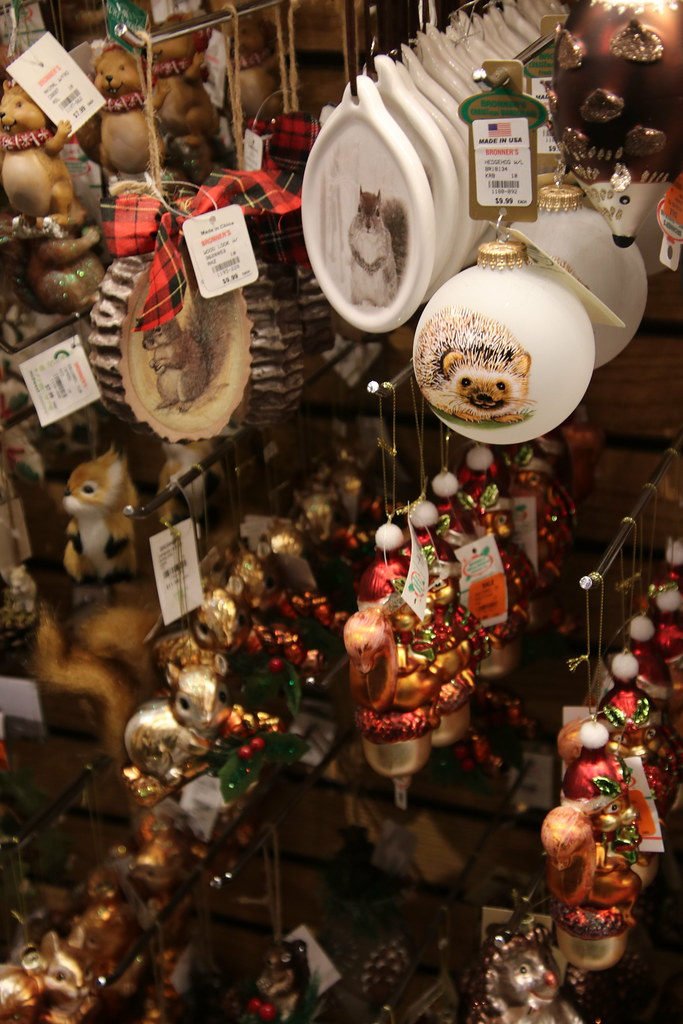 Bronners Christmas Ornaments.Visit To Bronner S Christmas Wonderland Frankenmuth Mich
