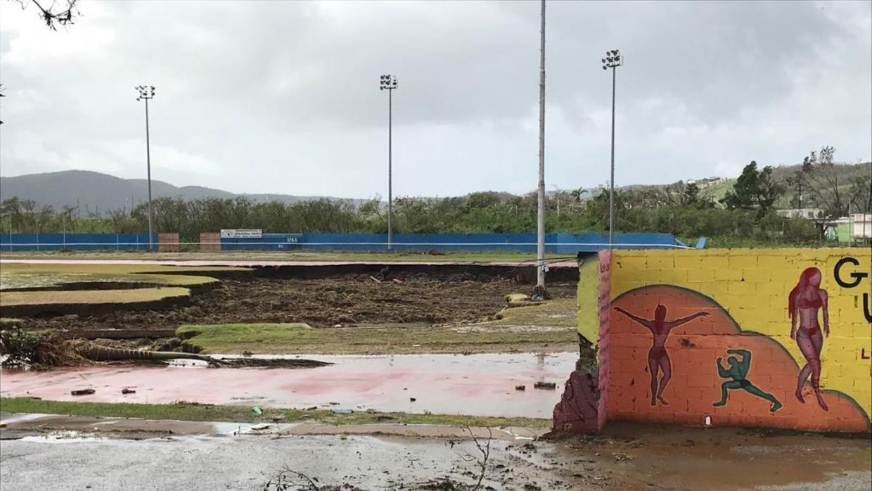 Daños en el terreno del Parque Ovidio Millino Rodríguez de Yauco