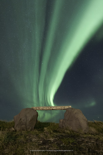 iceland ísland auroraborealis northernlights rocks stars sky ngc nocturne nightscape nature outdoor top20aurora