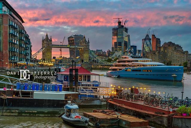 Sunset River - London, UK