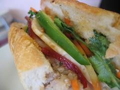 Sun05Dec2004 - Excellent Vietnamese food at Au Petit Cafe - 3