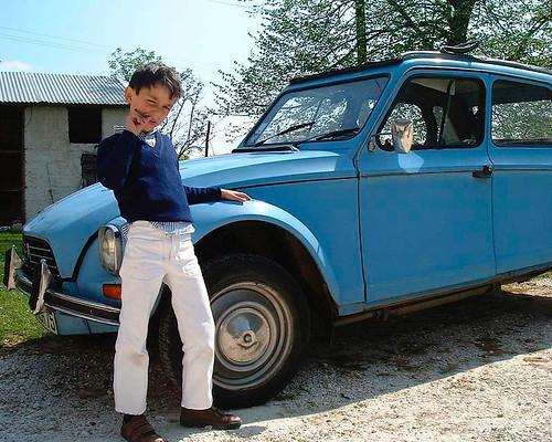 my car is blue