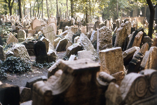 Prague: Jewish Cemetery by doc(q)man