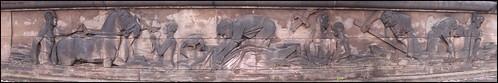 menschen am fluß I - relief an der albertbrücke in Dresden...   by derbaum