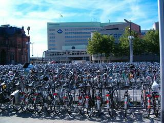 Bikes in Groningen | by 73Gary73