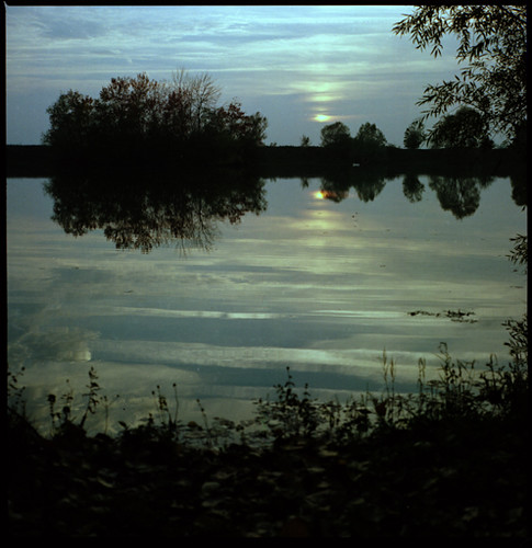 sunset lake fall automne burgundy lac bronica bourgogne coucherdesoleil étang zenza crimolois