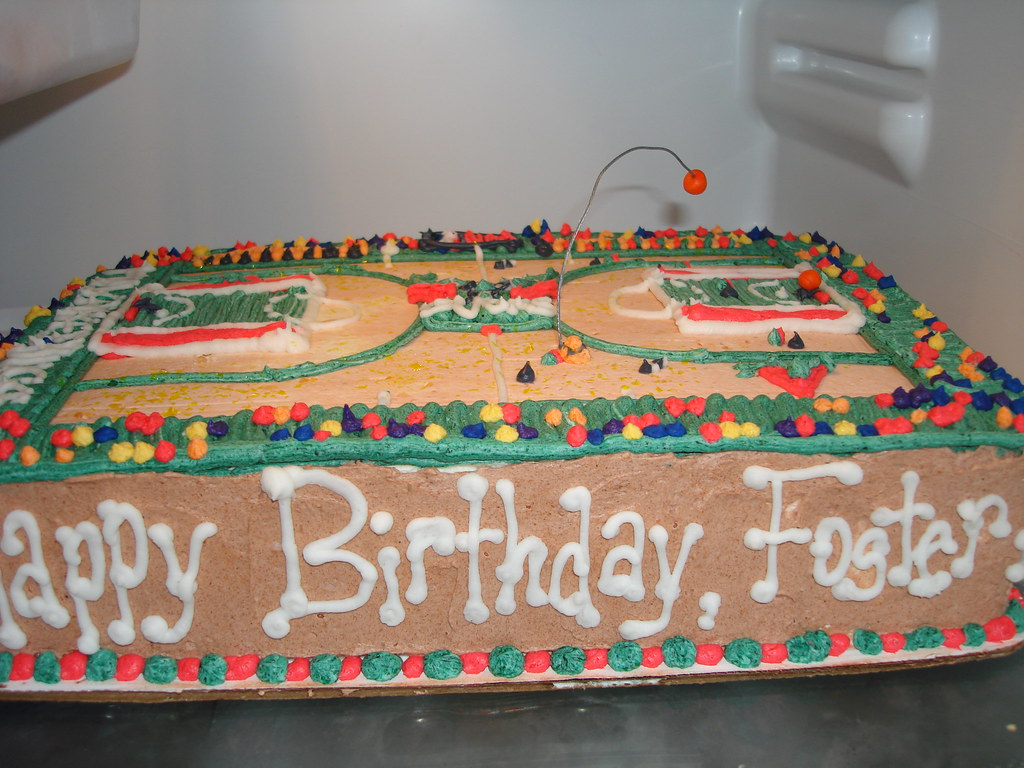 Super Basketball Court Cake Foster Wanted A A Cake Of A Basketba Flickr Funny Birthday Cards Online Kookostrdamsfinfo