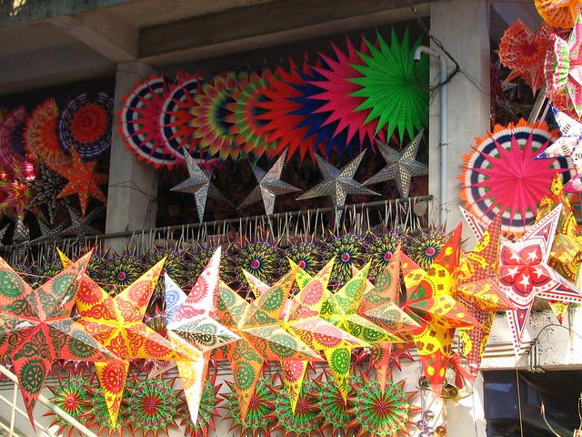 India - Kerala - 069 - Cochin - Xmas stars for sale
