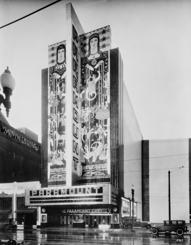 Oakland, CA Paramount Theater 1932 | From the Library of Con