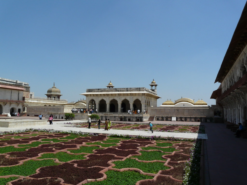 Bagh Anguri tourist places in Agra