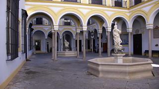 Hospital de la Santa Caridad. Patio. | by jl FILPO