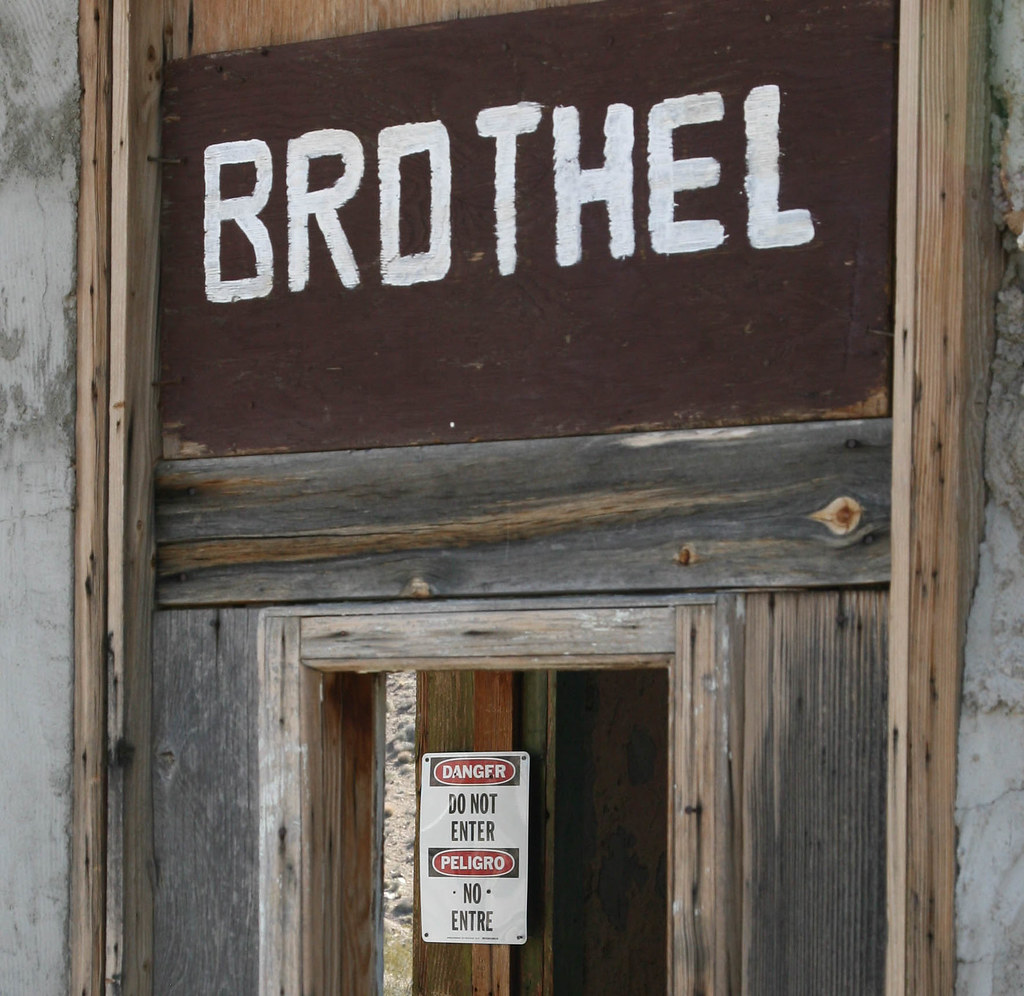 Brothel sign and warning | This sign is in a window of the o… | Flickr