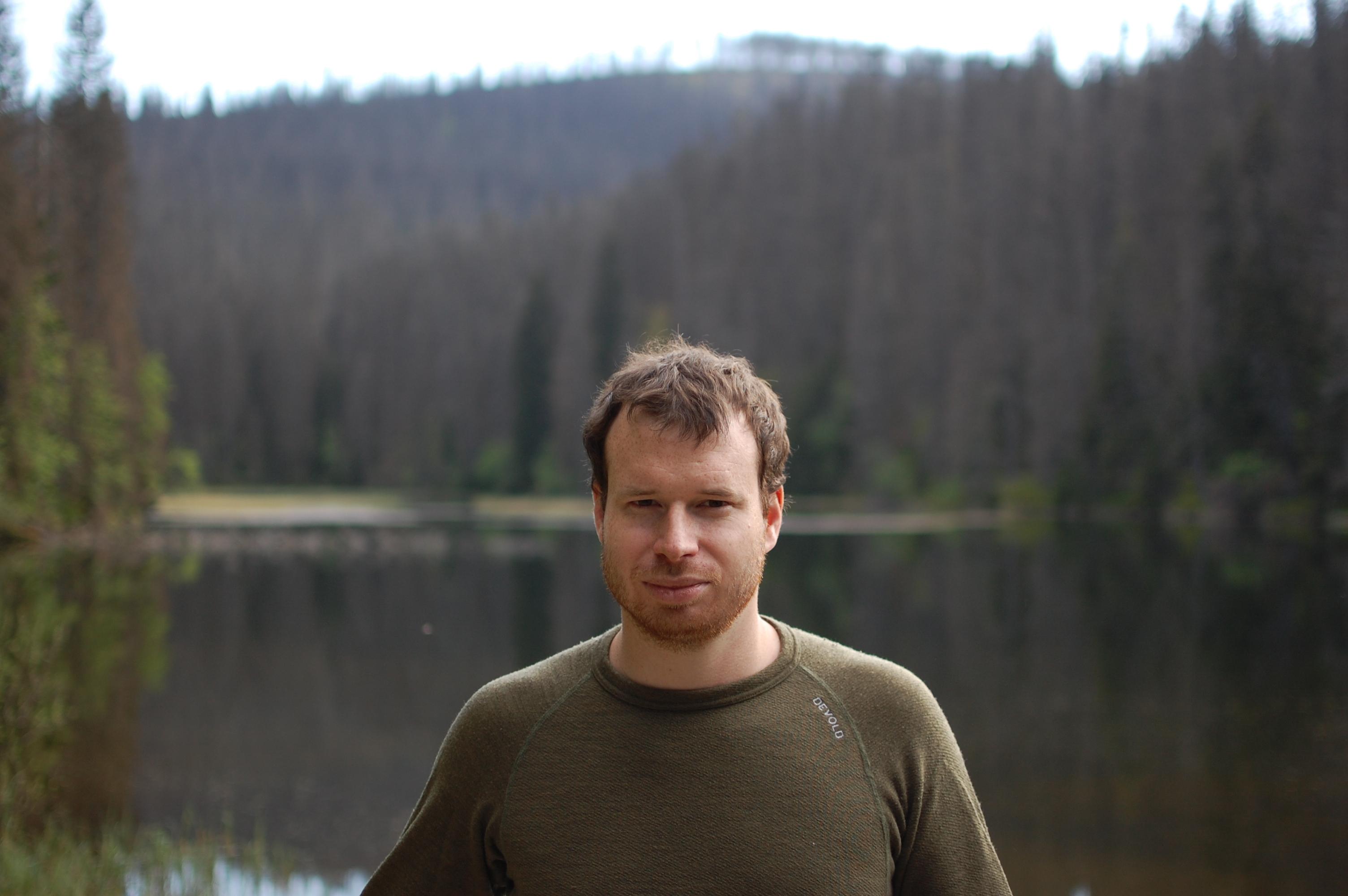 Já před jezerem Laka