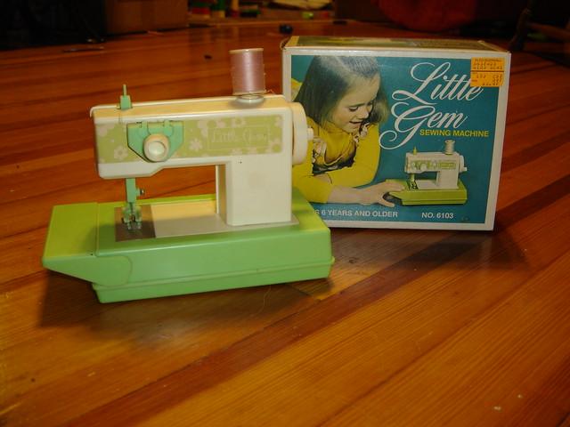 Little Gem Sewing Machine