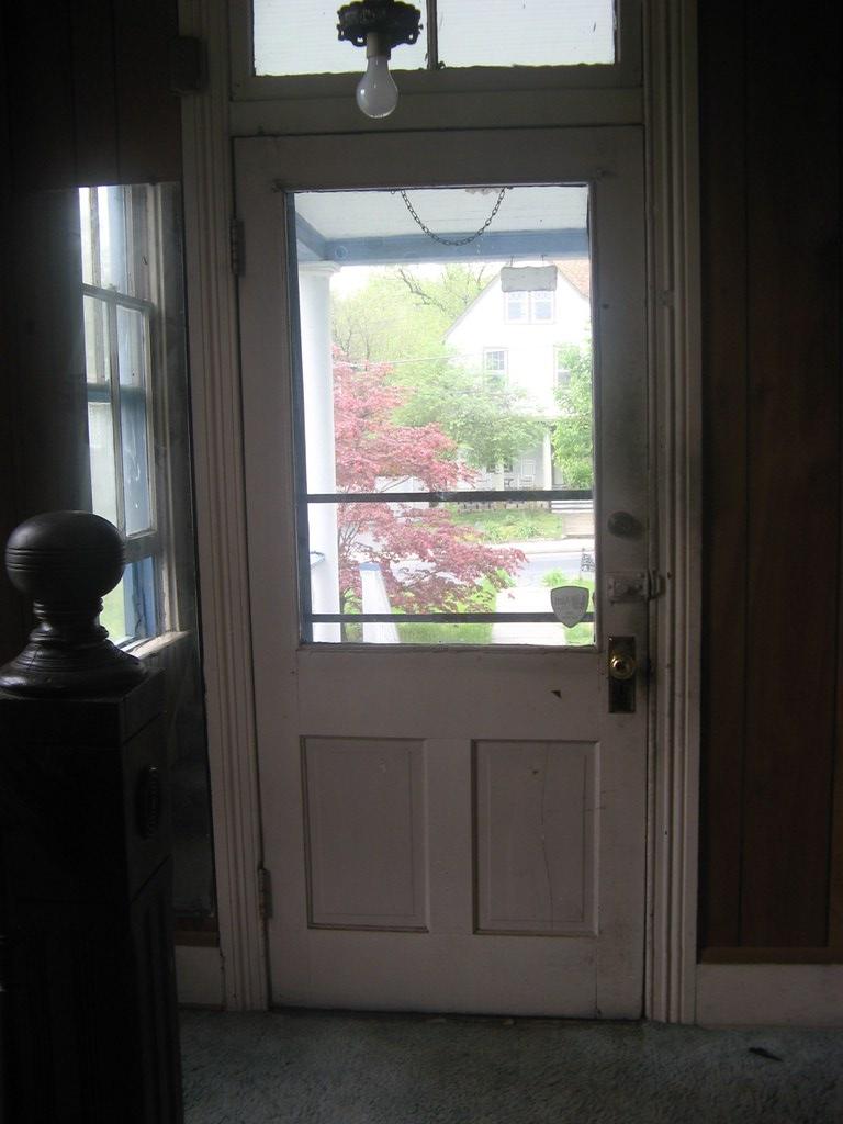 4105 Front door